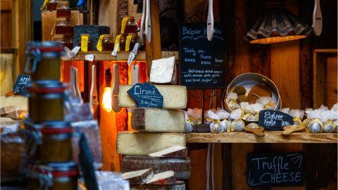 A Taste of London: Borough Market & Gin Distillery Small Group Tour