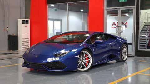 E & S Luxury Cars - Self Drive Rental: Lamborghini Huracan